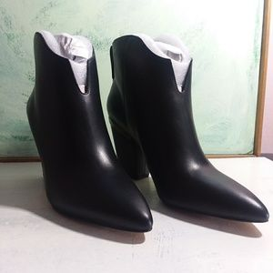 1. State Corben Leather Boots Size 9 Black